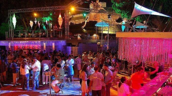 çeşme gece kulüpleri