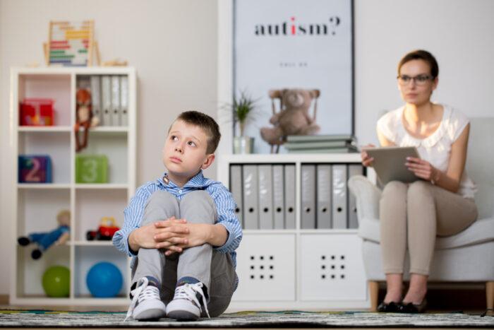 otizm hakkında bilinmesi gerekenler