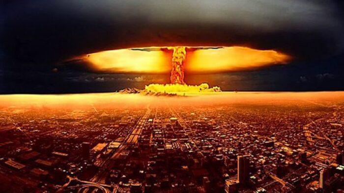 nükleer başlıklı füze nedir