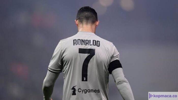 Cristiano Ronaldo'nun Corona virüsü testi sonuçlandı