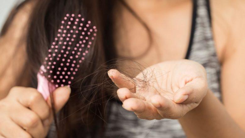Kadınlarda Saç Dökülmesine Karşı 5 Çözüm