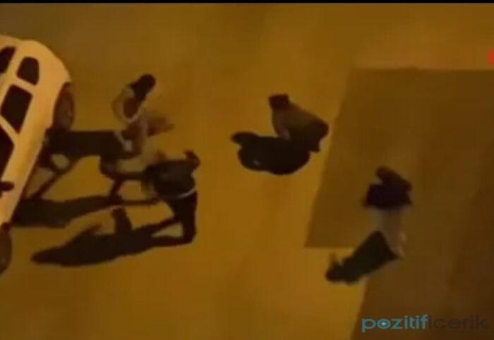 antalya'da sokak ortasında iki kadını darp etti