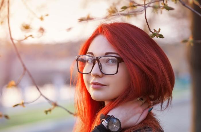 canlı kızıl saç tonları
