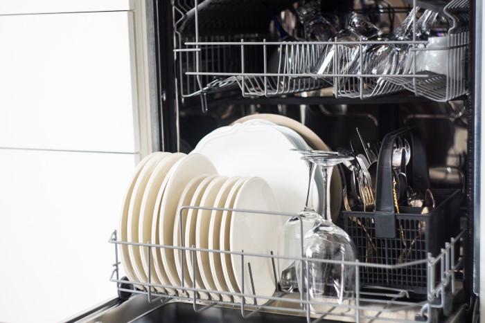 i̇lk bulaşık makinesi nasıl üretildi